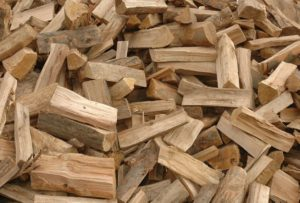 Buy Firewood in Peoria IL - Firewood for restaurants, Christmas firewood, BBQ firewood, debarked firewood, USDA certified firewood in Peoria IL